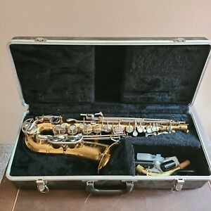 "SELMER ""Bundy""2  Alto Sax in Very Good Condition with Nice Original Case"