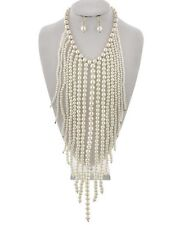 Cream Faux Pearl Gradual Drops Chunky Necklace Earring Set