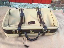 valise souple vintage avec cuir,  idéale déco boutique, théâtre, ciné, etc..