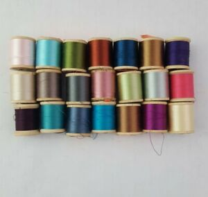 Lot of Vintage Talon and Lily Pure Silk Thread 21 Spools w/Round Plastic Case