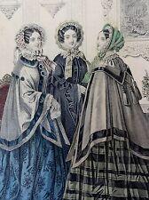 MODE IM BIEDERMEIER - 3 Damen - alt-kolorierte Lithographie von 1853