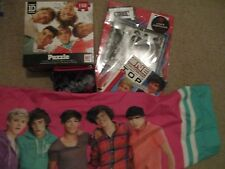 Lot of 5 One Direction Merchandise, Memorabilia, Pillow Case, Book, Puzzle, Fold