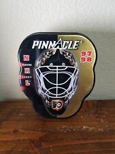 97/98 Pinnacle NHL Goalie Mask Trading Card TIN Ron Hextall Philadelphia Flyers