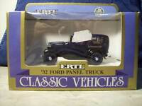 ERTL 32 FORD PANEL TRUCK CLASSIC VEHICLES 1:43 ( A23 )