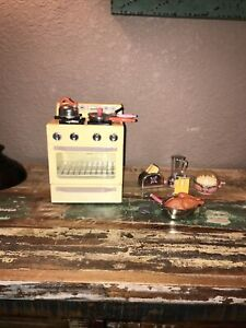 Kitchen Littles OSFT Sound works Range Stove Oven Barbie 1996 + Extras