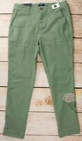 NWT Womens GAP Girlfriend Chino Pants Twig w/Floral Embroidery - 802540 (R8)