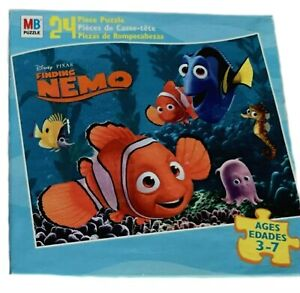 Disney Pixar Finding Nemo 24 Pieces Manufactured 2009 Used 100% Complete
