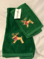 Christmas Holiday 2 Pc Bath Set Green with Reindeer Hand and Tip Towel