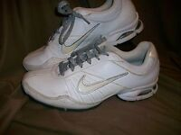 *USED* *WORN* NIKE AIR WOMENS TRAINING SHOES SIZE 10 WHITE