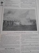 1913 Original Print Les Pompiers de Londres joue au football avec la lance