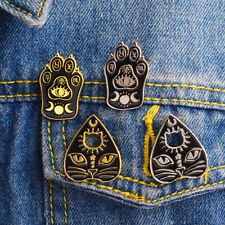 Halloween Creative Funny WITCH Brooch Heart Cat Face Claw Enamel Pins Brooches