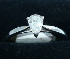 18ct white gold pear shape diamond single stone ring claw set used,