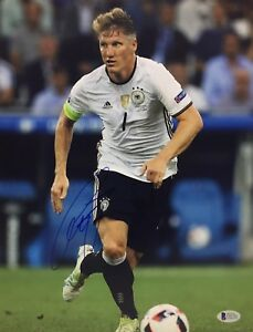 Bastian Schweinsteiger Signed 11x14 Soccer Photo *Germany Beckett C03761