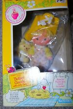 VINTAGE STRAWBERRY SHORTCAKE FRIENDS BUTTER COOKIE SCENTED DOLL JELLY BEAR PET