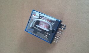 Relais 220 Volt AC  Spule 2 Öffner oder 2 Schließer ETJQX-13F-220VoltAC 10 amp