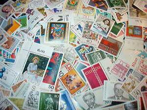 BRD 150 Verschiedene Briefmarken Postfrisch TOP!!!