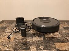 iRobot Roomba 960 with Charging Stand and Virtual Wall Barrier