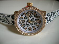 DESIGNER ANIMAL LEOPARD PRINT LEATHER BAND WITH GOLD TRIM FASHION WOMEN'S WATCH