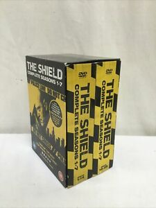 The Shield The Complete Seasons 1-7 DVD (2011) Michael Chiklis cert 18 Exc Con