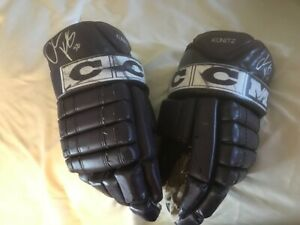 Chris Kunitz Autographed Anaheim Ducks Mighty Ducks Gloves Pittsburgh Penguins