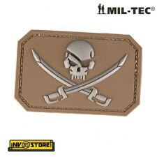 Patch in PVC Teschio Pirata Pirate Skull 8 x 5 cm CY Militare Softair Velcrogrip