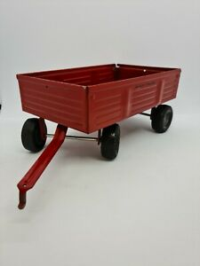 ERTL Massey Ferguson Wagon Manure Spreader Farm Toy Diecast Red Trailer
