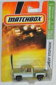 Matchbox 2008 #78 1975 Chevy Stepside Pickup green MOC Outdoor Adventure #3