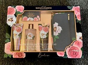 Baylis And Harding Boudoire Rose Bath And Body Gift Set Including Wash Bag