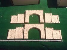 2x tunnel & 4 walls  -n scale gauge-rough stone style- Unpainted, double Track