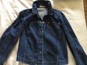 Levi's denim Jacket Size Medium