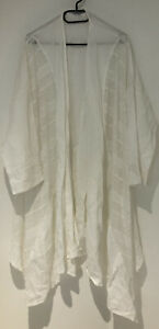 NEW CHESCA WHITE LINEN WITH LACE INSERTS ASYMMETRIC LIGHTWEIGHT COAT. UK 24