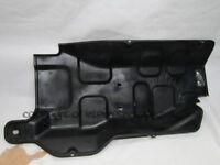 Mitsubishi Delica L400 94-96 2.8 4M40 engine undertray under tray