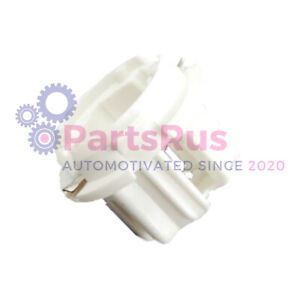 Genuine Mercedes-Benz Rear Tail Light Bulb Socket Holder Left/Right 1408260382