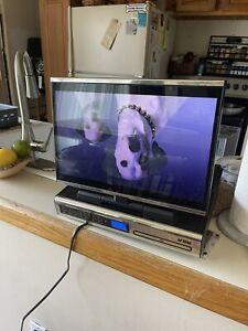 "RCA SPS36123 15.4"" Under Cabinet Kitchen LCD TV/DVD/AM-FM Radio No Remote EUC"