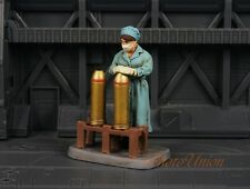 CC59404 CORGI Forward March Civilians at War Munitions Worker 1:32 Metal Figure