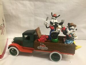 Vintage Mickey & Co. Disney Mickey Mouse County Fair 1931 Truck  Figurines Ertl