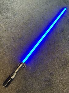 luke skywalker force fx lightsaber