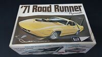 VINTAGE MPC 71 1971 ROADRUNNER ROAD RUNNER SEALED INSIDE 1/25 G1