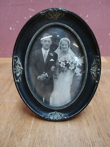 VINTAGE VICTORIAN DESIGN EASEL PHOTO PICTURE FRAME WITH CONVEX GLASS