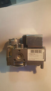 HONEYWELL GAS VALVE VK4125A  1009 4 AS USED ON ALPHA COOKER ( periscope burners)