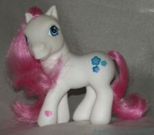 2004 MY LITTLE PONY G3 White Blossomforth Rose Pink Hair w/Aqua Blooms Cutie