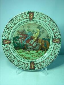 "1910 Royal Doulton KING ARTHUR'S KNIGHTS 10.3"" Plate D2961 Series Ware Celadon"
