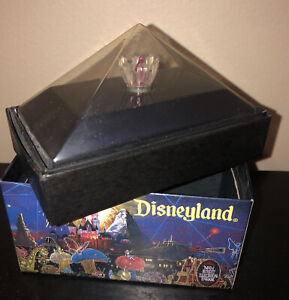 PINK Disney Main Street Electrical Parade *NEW IN BOX* Disneyland Light Bulb