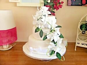 HAND MADE SUGAR ORCHIDS TRAILING TWO SPRAYS IN WHITE ,