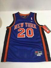 New York Knicks NBA Fan Apparel   Souvenirs  b976dd007