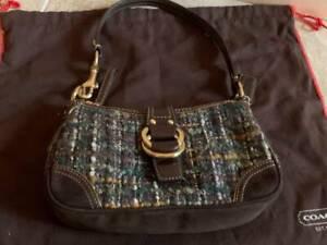 NWT COACH #D05K-8F15 Multi-Color TWEED Baguette Handbag w/Dust Bag