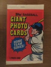 Lot of 25 FACTORY SEALED PACKS Vintage 1981 Topps Baseball Giant Photo Cards