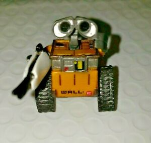 "Disney Pixar WALL-E Mini Figure 1 1/2"" Thinkway Toys With gun - Hard to find"