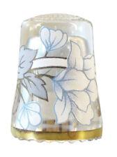 Fingerhut de vaso de cristal, con estampado flor blanca y borde de oro-ae 766