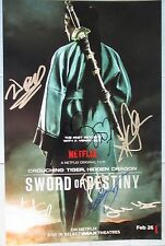 CROUCHING TIGER HIDDEN DRAGON CAST SIGNED 11x17 PHOTO DCCOA MICHELLE YEOH PROOF!